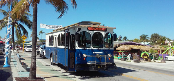 fort-myers-beach-trolley