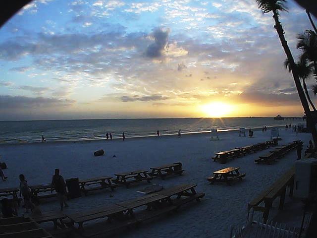 Fort Myers Beach Pierside Webcam